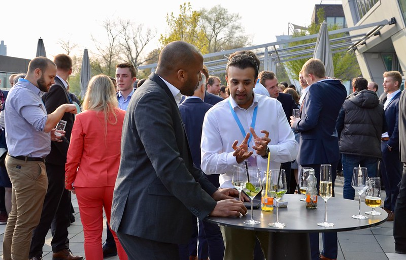 innovate-bonn-2019-terrace-networking