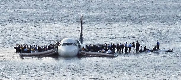plane in the hudson river