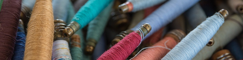 Threads of different colors